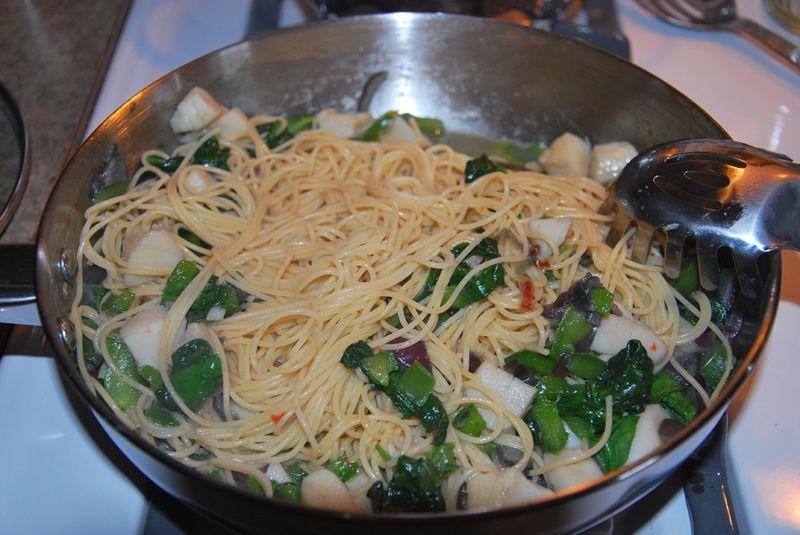Scallop Alfredo Pasta (7 of 10)